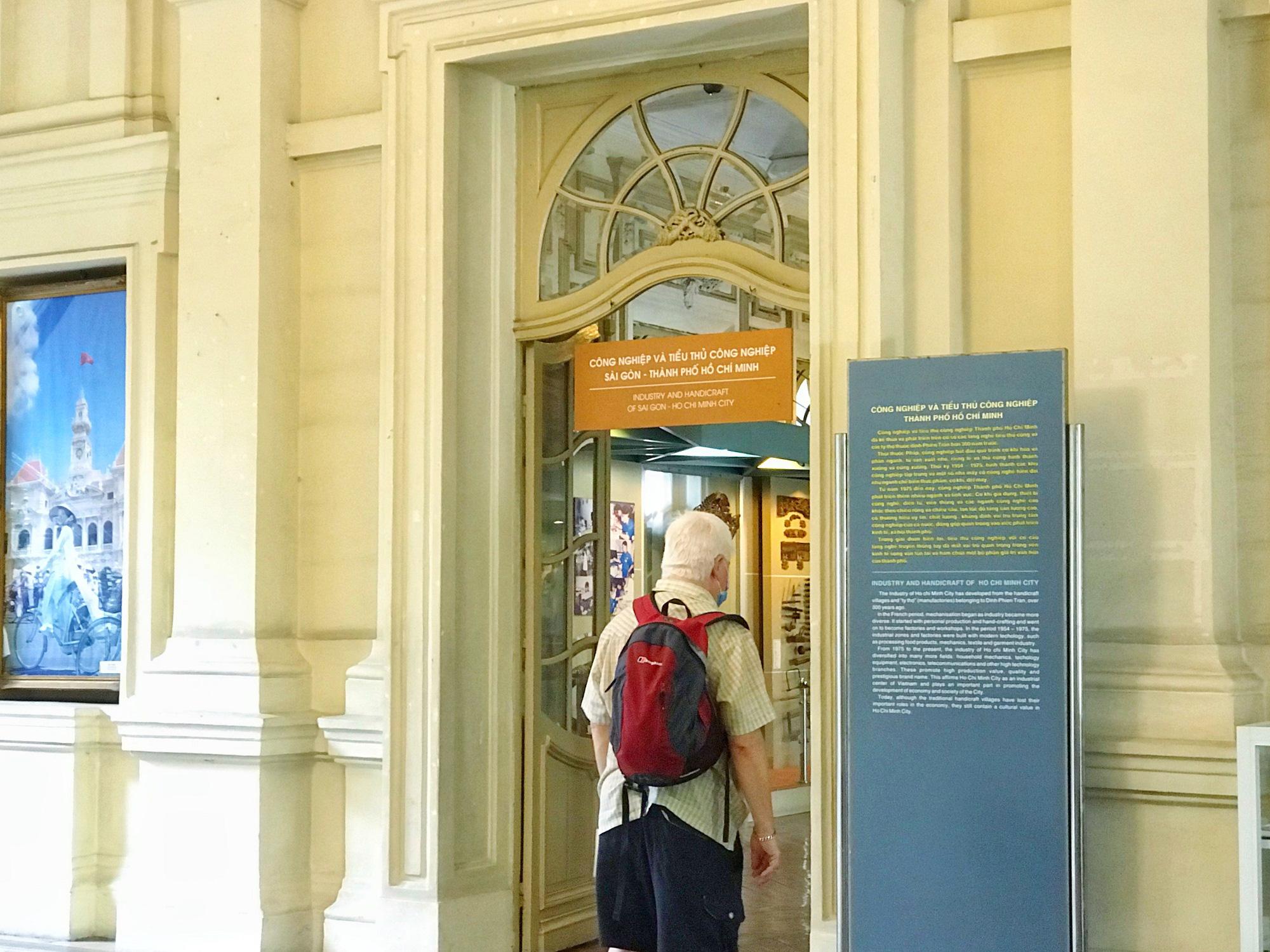 Các điểm du lịch tại TP.HCM vắng hoàn toàn sau quyết định dừng nhập cảnh người nước ngoài vào Việt Nam - Ảnh 9.