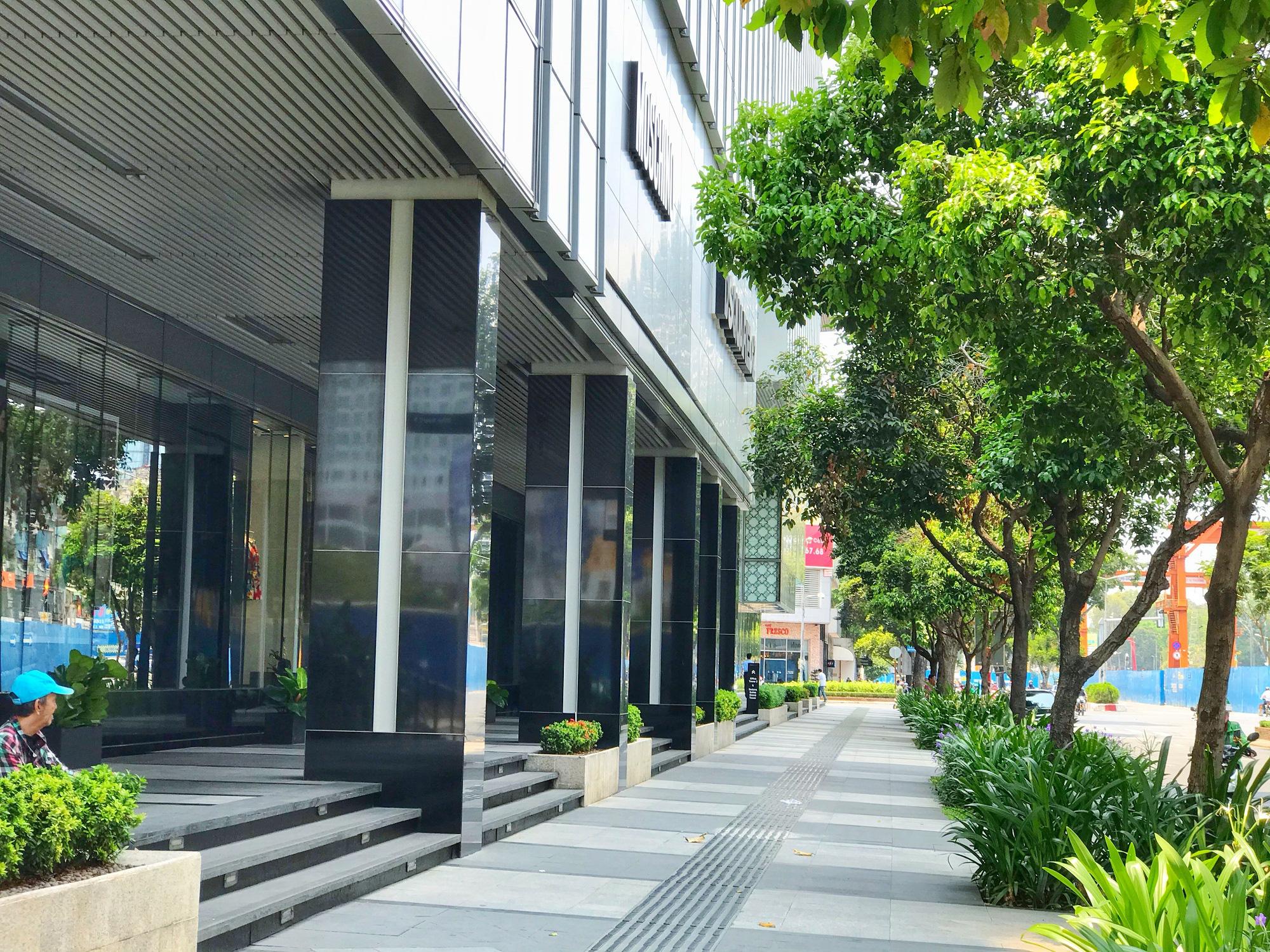 Các điểm du lịch tại TP.HCM vắng hoàn toàn sau quyết định dừng nhập cảnh người nước ngoài vào Việt Nam - Ảnh 14.