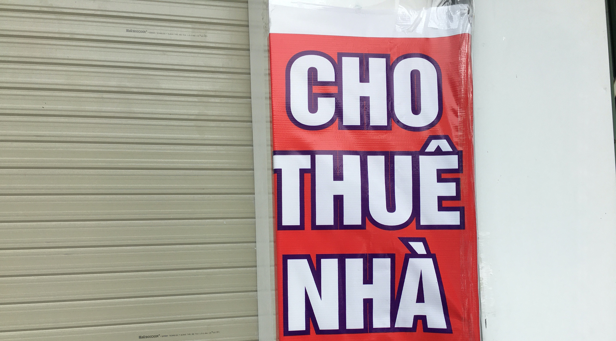 Giá mặt bằng, văn phòng cho thuê ở Đà Nẵng giảm sâu nhưng ít người quan tâm - Ảnh 1.