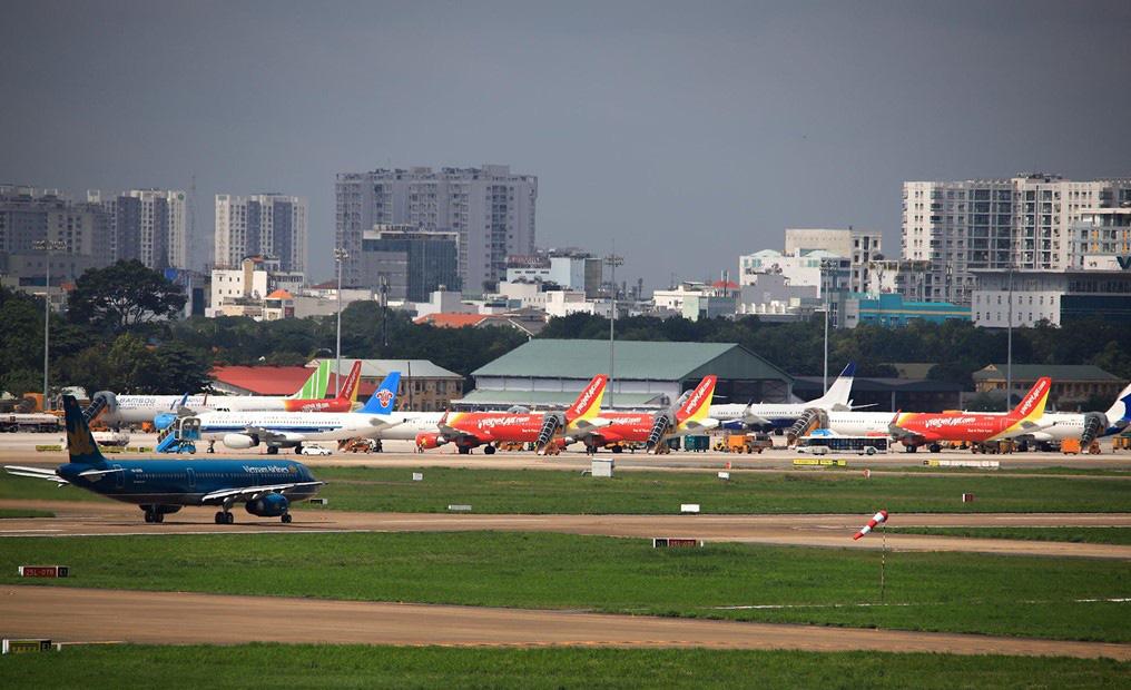 Hàng không Việt chi tiền tỉ trả phí 'nằm sân' cho máy bay - Ảnh 1.