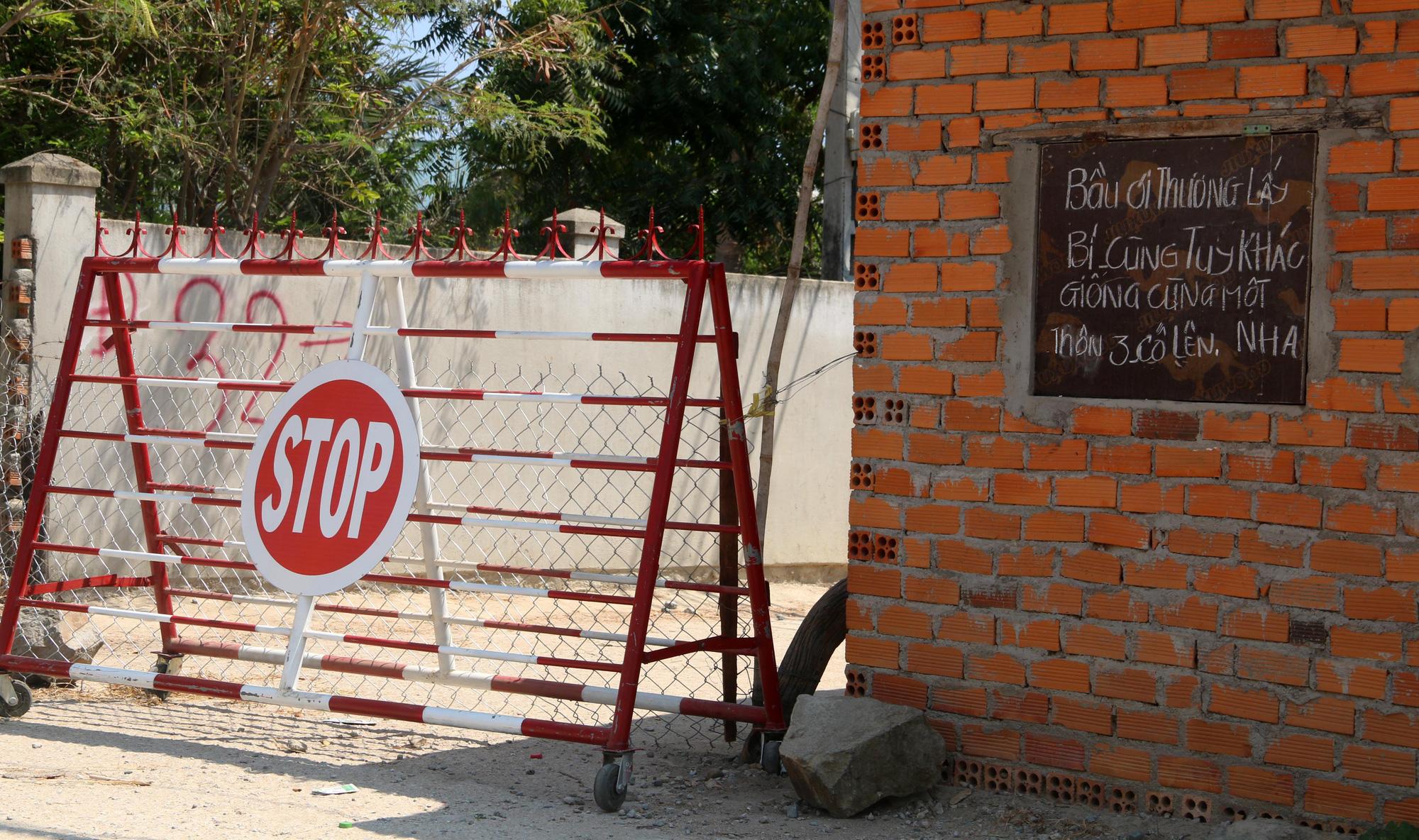 Ninh Thuận: Hơn 5.000 người dân đang cách li tại thôn Văn Lâm 3 được phục vụ chu đáo  - Ảnh 2.