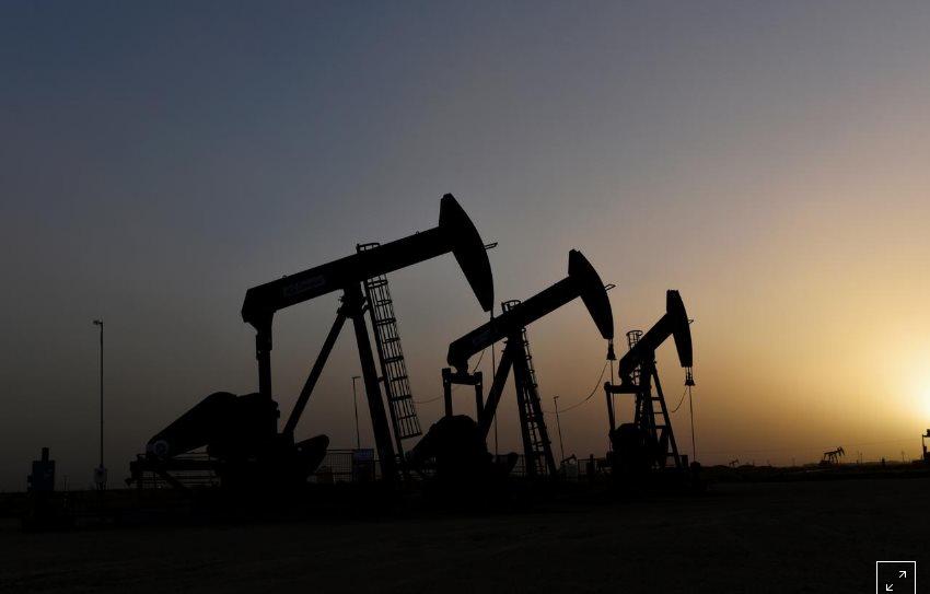 Giá xăng dầu hôm nay 26/3: OPEC+ căng thẳng tột độ, nhiên liệu giảm sâu - Ảnh 1.