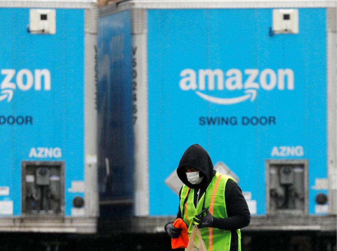 Amazon xác định có nhân viên dương tính với virus Covid-19 tại 6 kho hàng ở Mỹ - Ảnh 2.