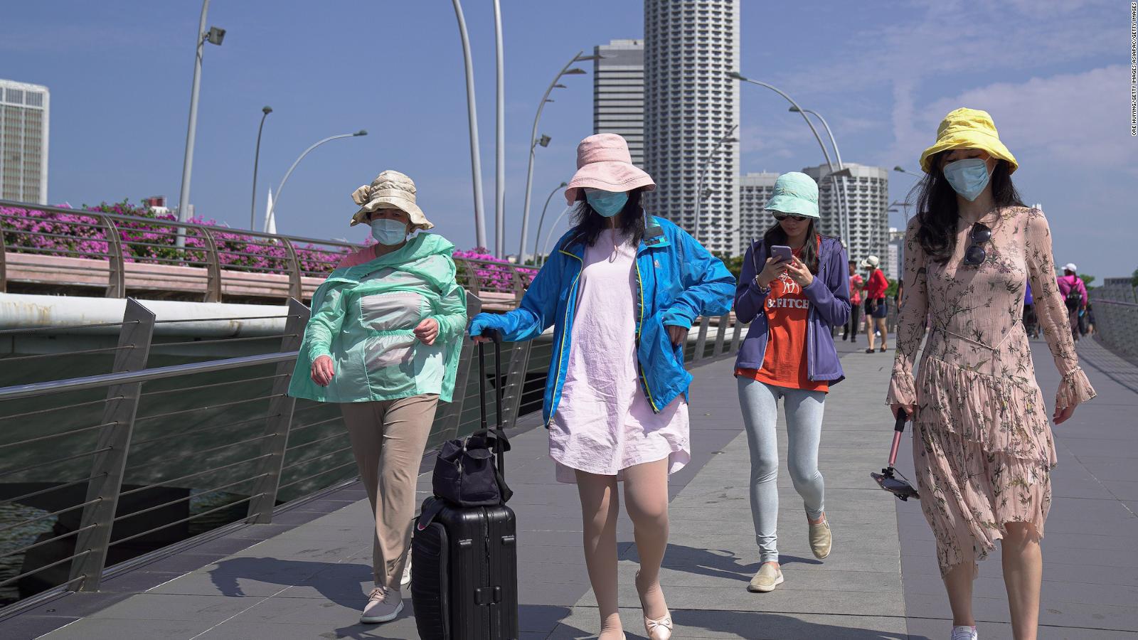 Những người vi phạm qui tắc cách li an toàn 1m sẽ bị bỏ tù hoặc phạt tiền tại Singapore  - Ảnh 4.