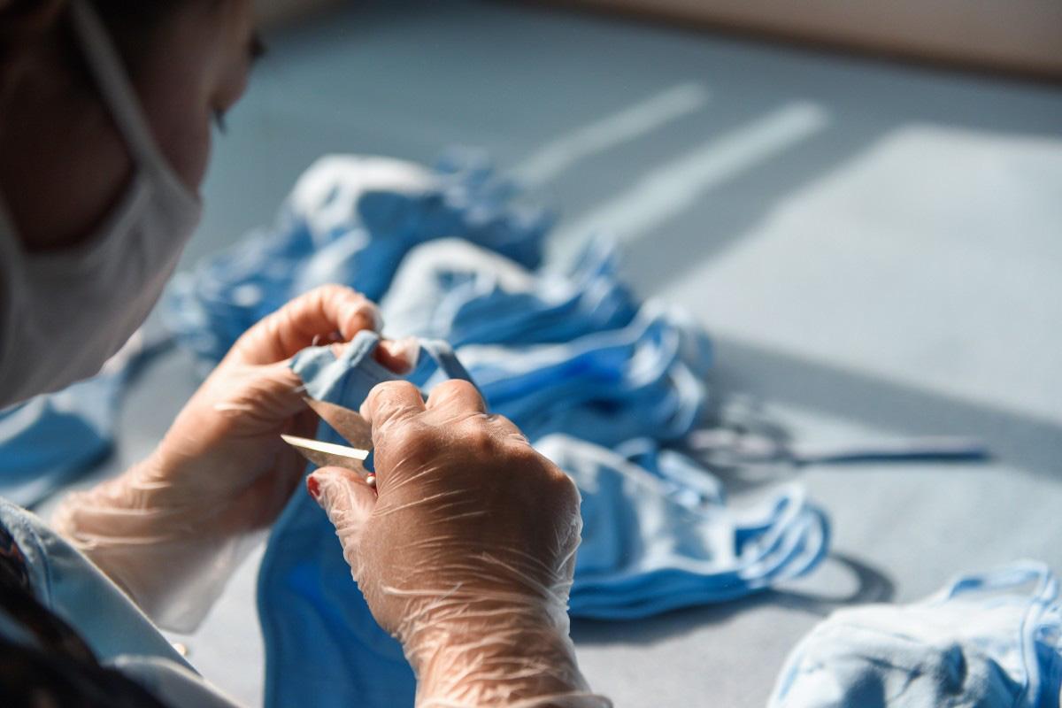 Sản xuất vải khẩu trang y tế: Cơ hội trong mùa đại dịch Covid-19? - Ảnh 3.