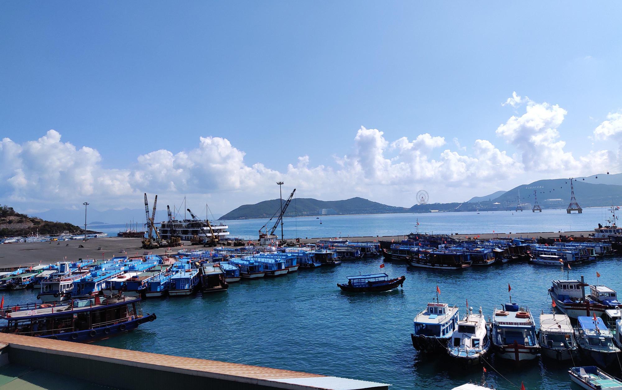 Doanh thu du lịch Khánh Hòa giảm hơn 50% - mức giảm chưa có tiền lệ từ trước đến nay - Ảnh 1.