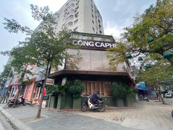 Ngày đầu Hà Nội thực hiện 'lệnh' đóng cửa hàng quán - Ảnh 6.