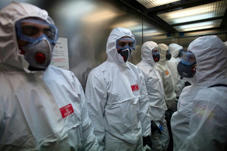 Cập nhật dịch virus corona trên thế giới ngày 29/3: Tổng thống Trump đã từ bỏ phong tỏa ở New York, Malaysia bắt hơn 400 người vi phạm lệnh phòng dịch - Ảnh 2.