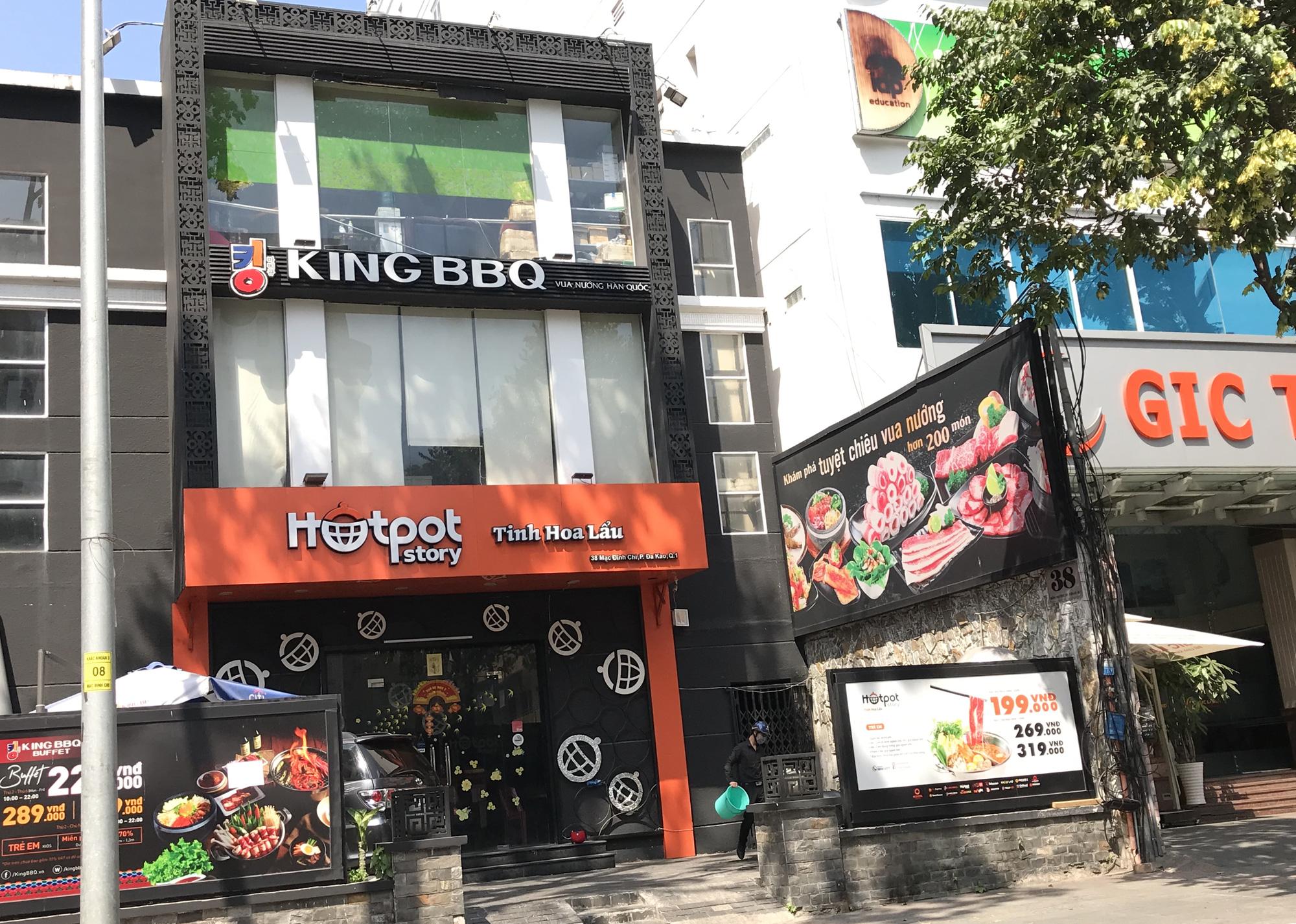 Tiệm vàng, Chanel, Gucci Sài Gòn cũng đóng cửa im ỉm phòng dịch Covid-19 - Ảnh 9.