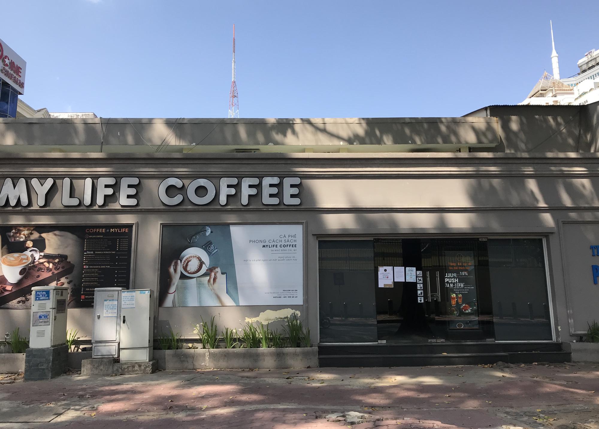 Tiệm vàng, Chanel, Gucci Sài Gòn cũng đóng cửa im ỉm phòng dịch Covid-19 - Ảnh 6.