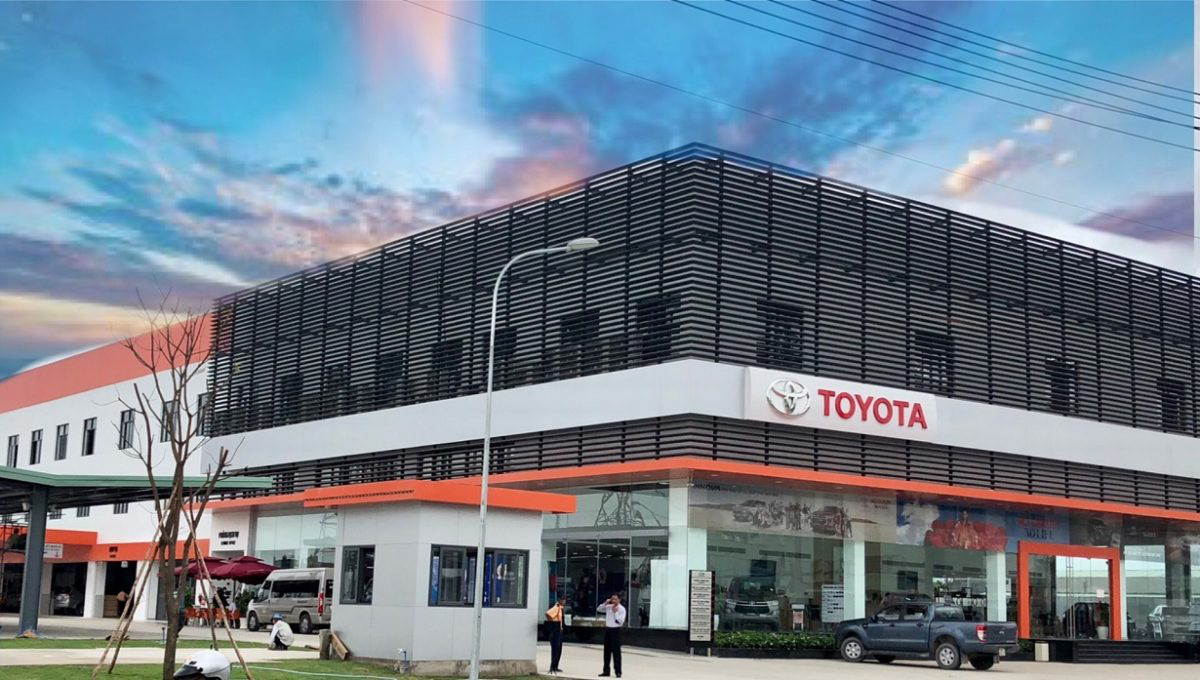 Toyota đồng loạt đóng cửa toàn bộ đại lí và chi nhánh ở Hà Nội để chống dịch Covid - 19 - Ảnh 1.