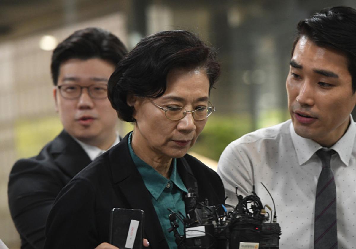 Dịch Covid-19 diễn biến phức tạp, Chủ tịch Samsung mất hơn 2,2 tỉ USD - Ảnh 3.