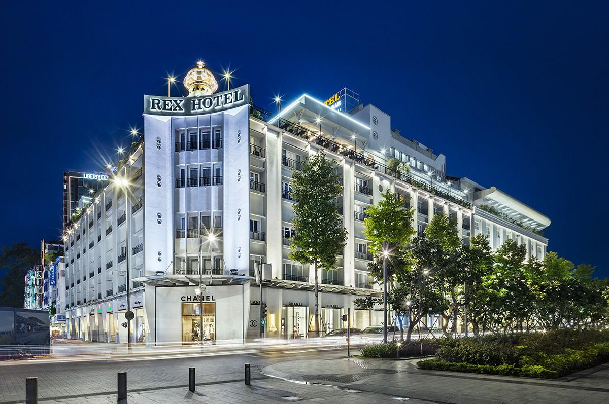 Nhiều khách sạn 3-5 sao tung gói ưu đãi, giảm giá lên đến 60% để thu hút khách du lịch - Ảnh 1.