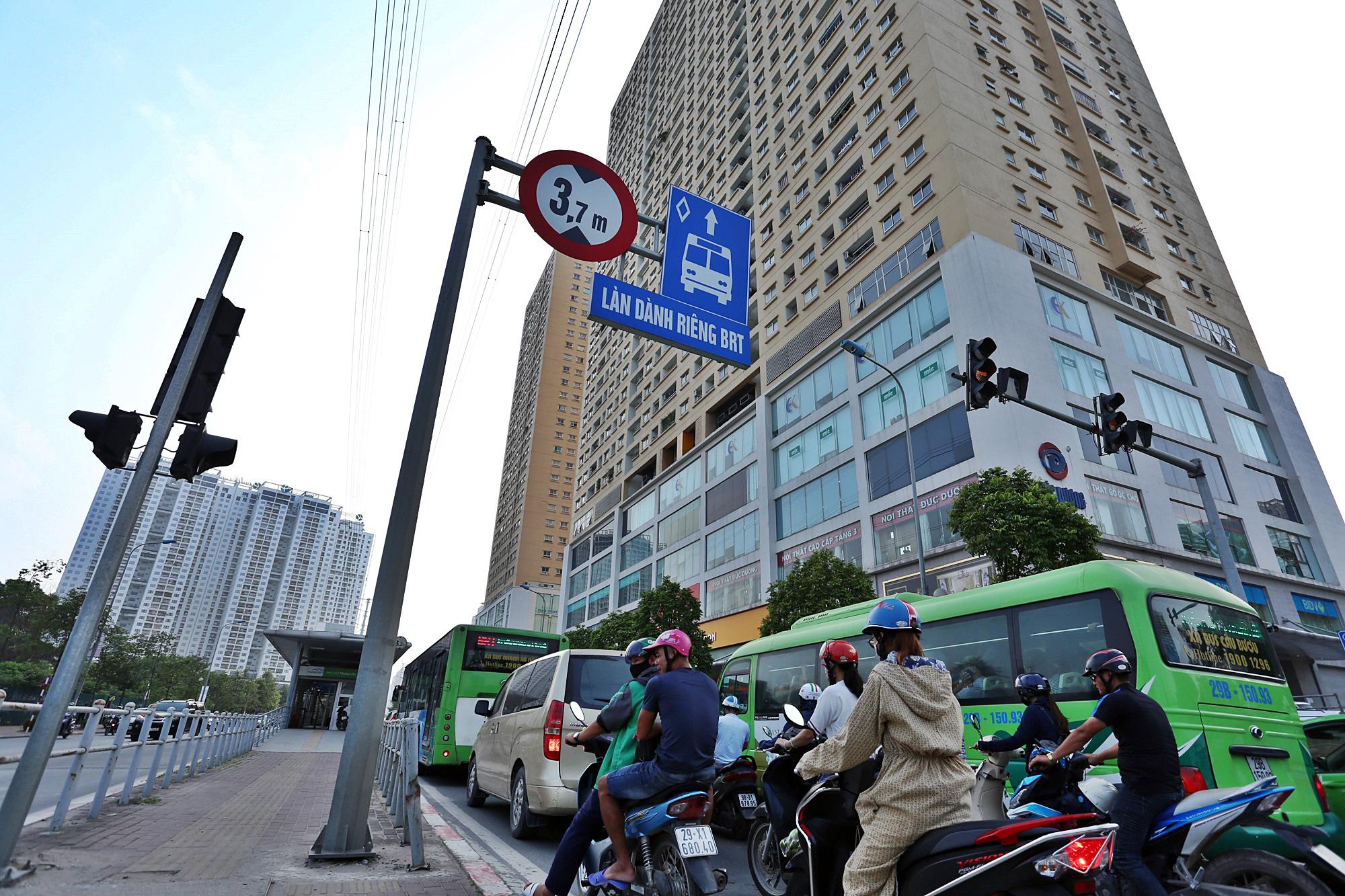 Toàn cảnh khu vực xây hầm chui Lê Văn Lương - Vành đai 3 gần 700 tỉ đồng - Ảnh 16.