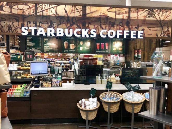 Cho nhân viên nghỉ vì dịch, Apple, Adidas, Starbucks trả lương thế nào - Ảnh 4.