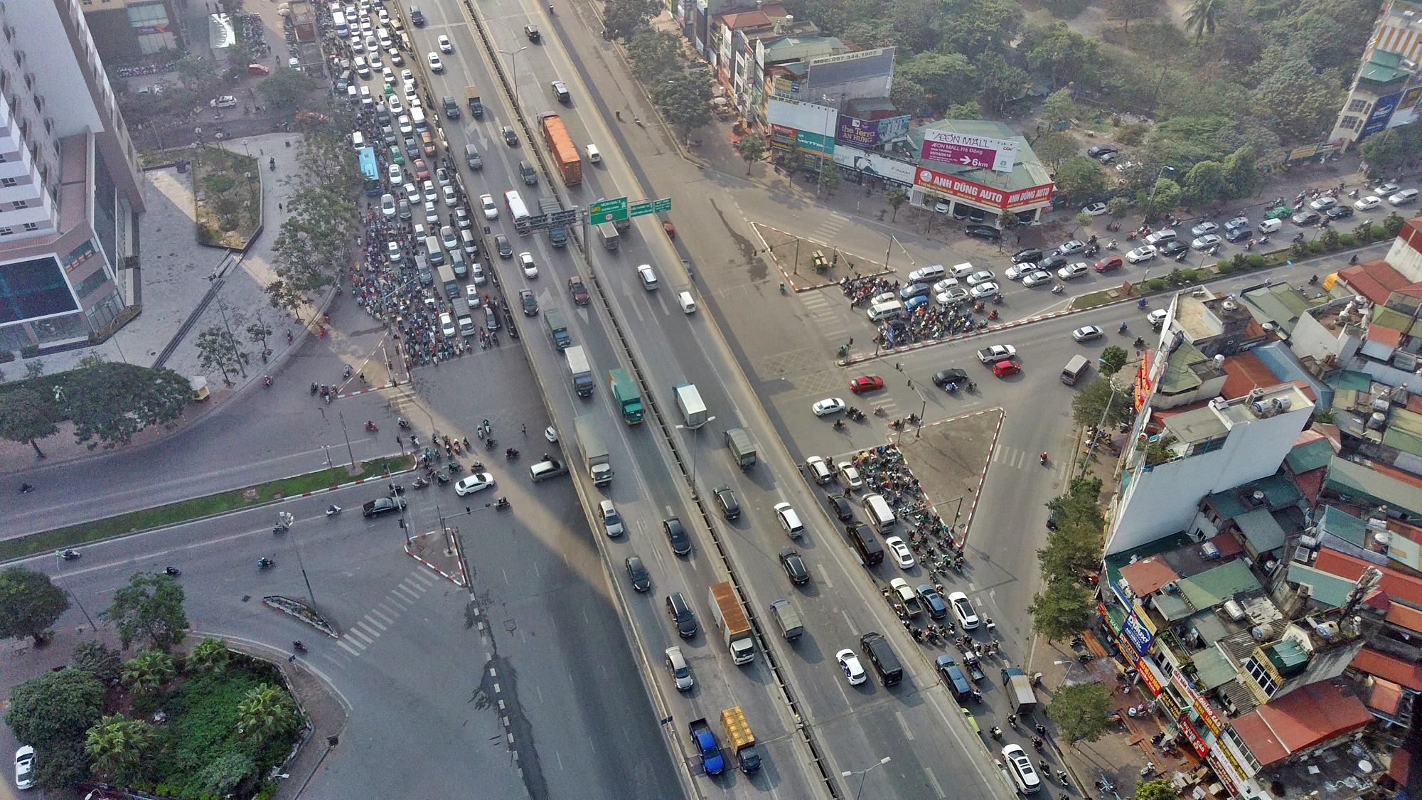 Toàn cảnh khu vực xây hầm chui Lê Văn Lương - Vành đai 3 gần 700 tỉ đồng - Ảnh 6.