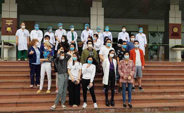 Thêm 27 người khỏi bệnh, Việt Nam đã chữa thành công 52 trường hợp mắc Covid-19 - Ảnh 1.