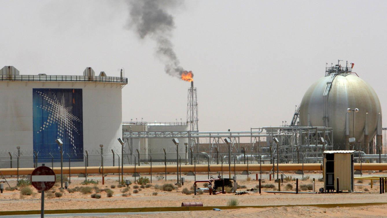 Giá xăng dầu hôm nay 31/3: Tiếp tục xuống thấp, nhiên liệu bắt đầu dò đáy sâu  - Ảnh 1.