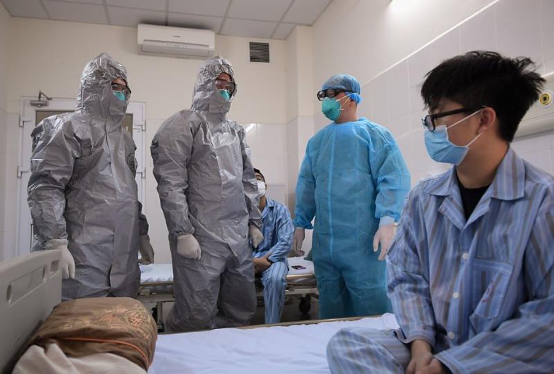 Cập nhật tình hình virus corona ở Việt Nam hôm nay 31/3: Chỉ thêm 1 ca nhiễm mới, đã loại trừ 11.528 trường hợp nghi ngờ - Ảnh 1.