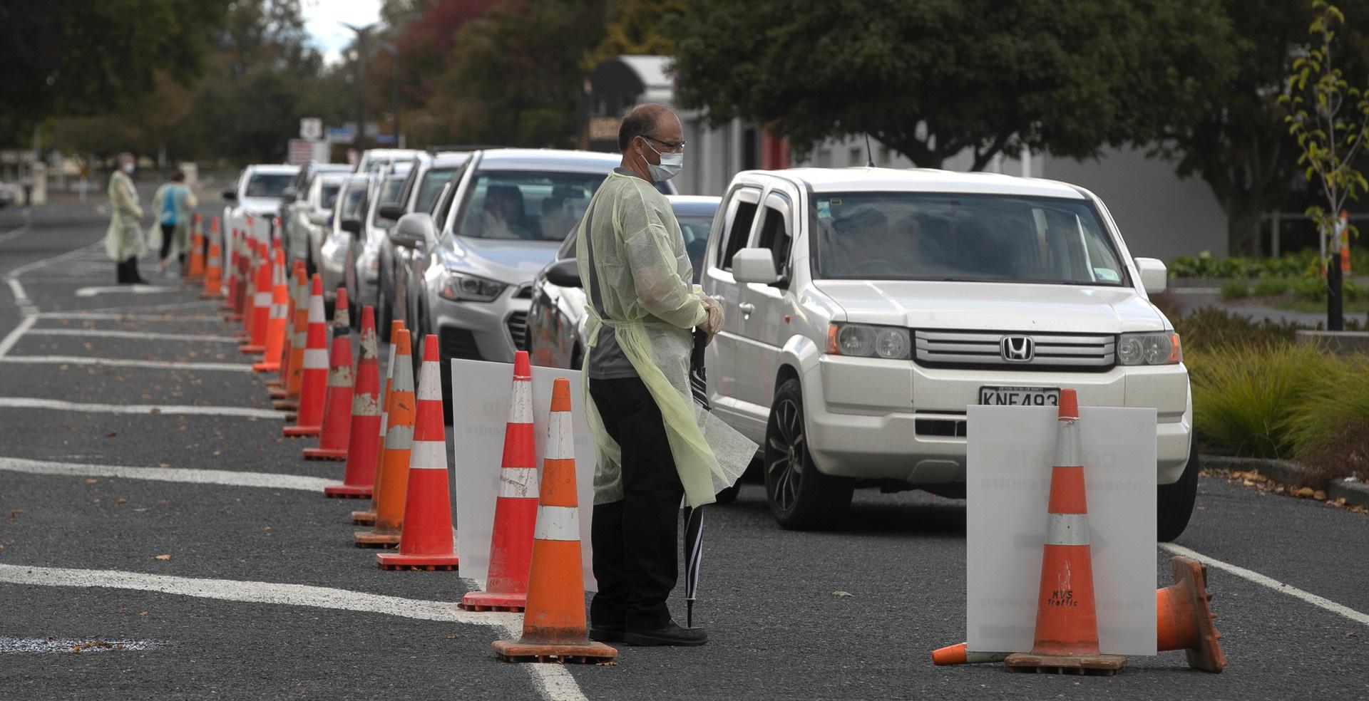 Chính phủ New Zealand dự báo trường hợp tồi tệ nhất: 2/3 dân số nhiễm bệnh, gần 30.000 người tử vong - Ảnh 2.
