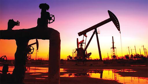Giá xăng dầu hôm nay 21/3: Dò dẫm dưới đáy sâu - Ảnh 1.
