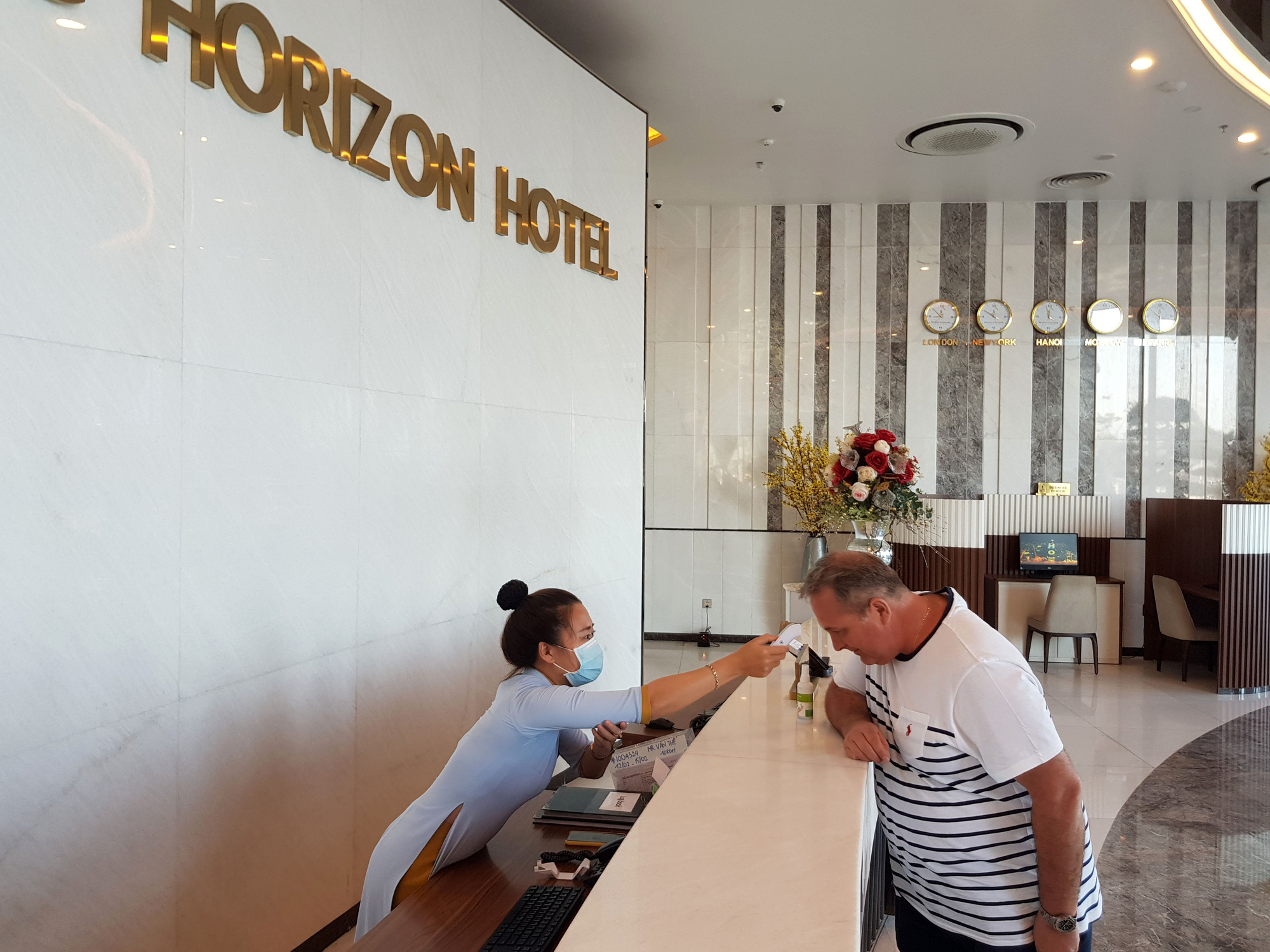 Vừa vận hành ổn định, khách sạn 5 sao tại Nha Trang lỗ hơn 5 tỉ đồng/tháng vì Covid-19  - Ảnh 3.