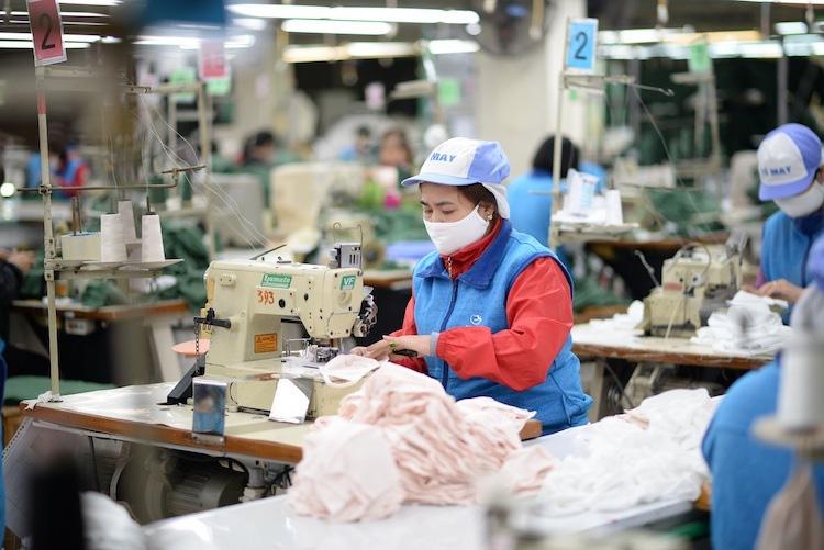 Hơn 30 triệu khẩu trang vải kháng tung ra thị trường vào đầu tháng 4 tới - Ảnh 1.