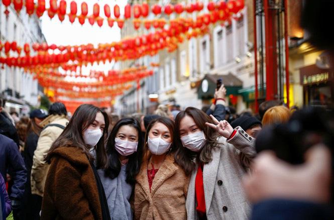 Những điều cần lưu ý để đảm bảo an toàn khi du lịch châu Âu mùa dịch virus corona  - Ảnh 4.