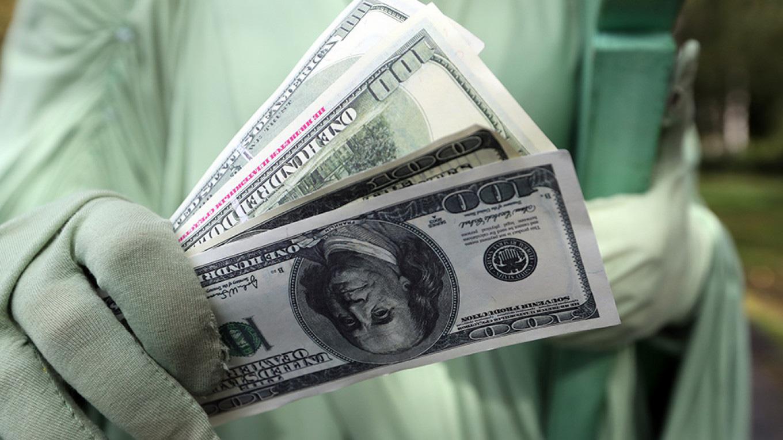Mỹ cách li đồng đô la giấy từ châu Á - Ảnh 1.