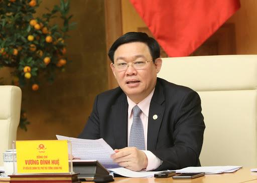 Phó Thủ tướng: Không nên chen lấn trong siêu thị mua hàng hoá lúc này, Big C tuyên bố đủ hàng hóa cho mọi người dân - Ảnh 1.