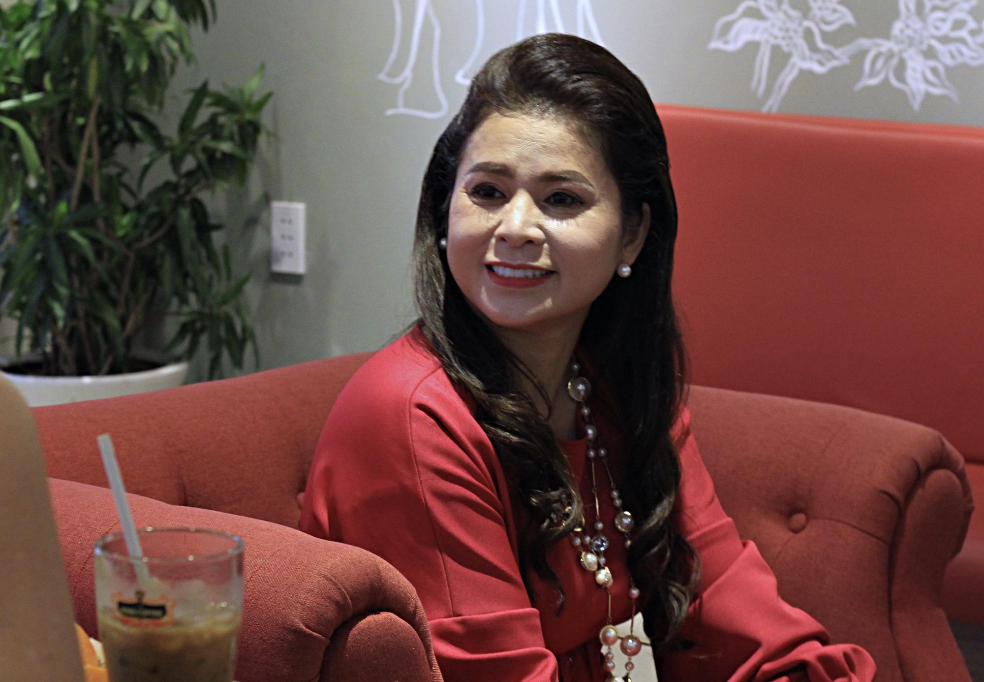 Bà Lê Hoàng Diệp Thảo: Khởi nghiệp hai lần với cà phê, tôi xem Trung Nguyên và King Coffee đều là con của mình - Ảnh 5.