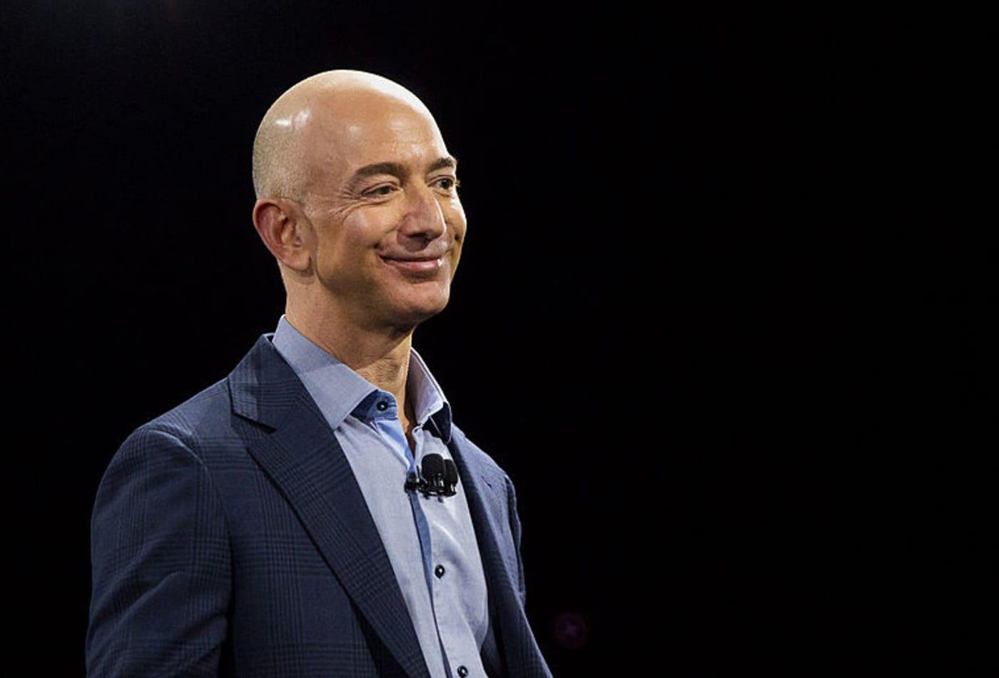 Tỉ phú giàu nhất thế giới: 'Tôi thành công vì đã trúng rất nhiều xổ số' - Ảnh 1.