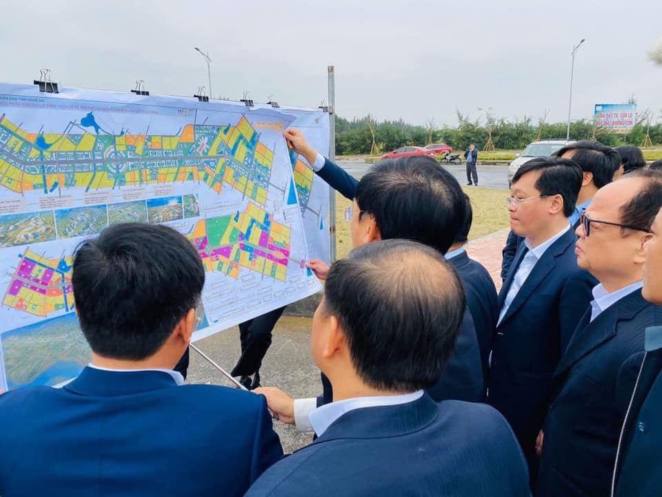 Cách li tại nhà lãnh đạo tỉnh Nghệ An tiếp xúc với đoàn Bộ KH-ĐT - Ảnh 1.