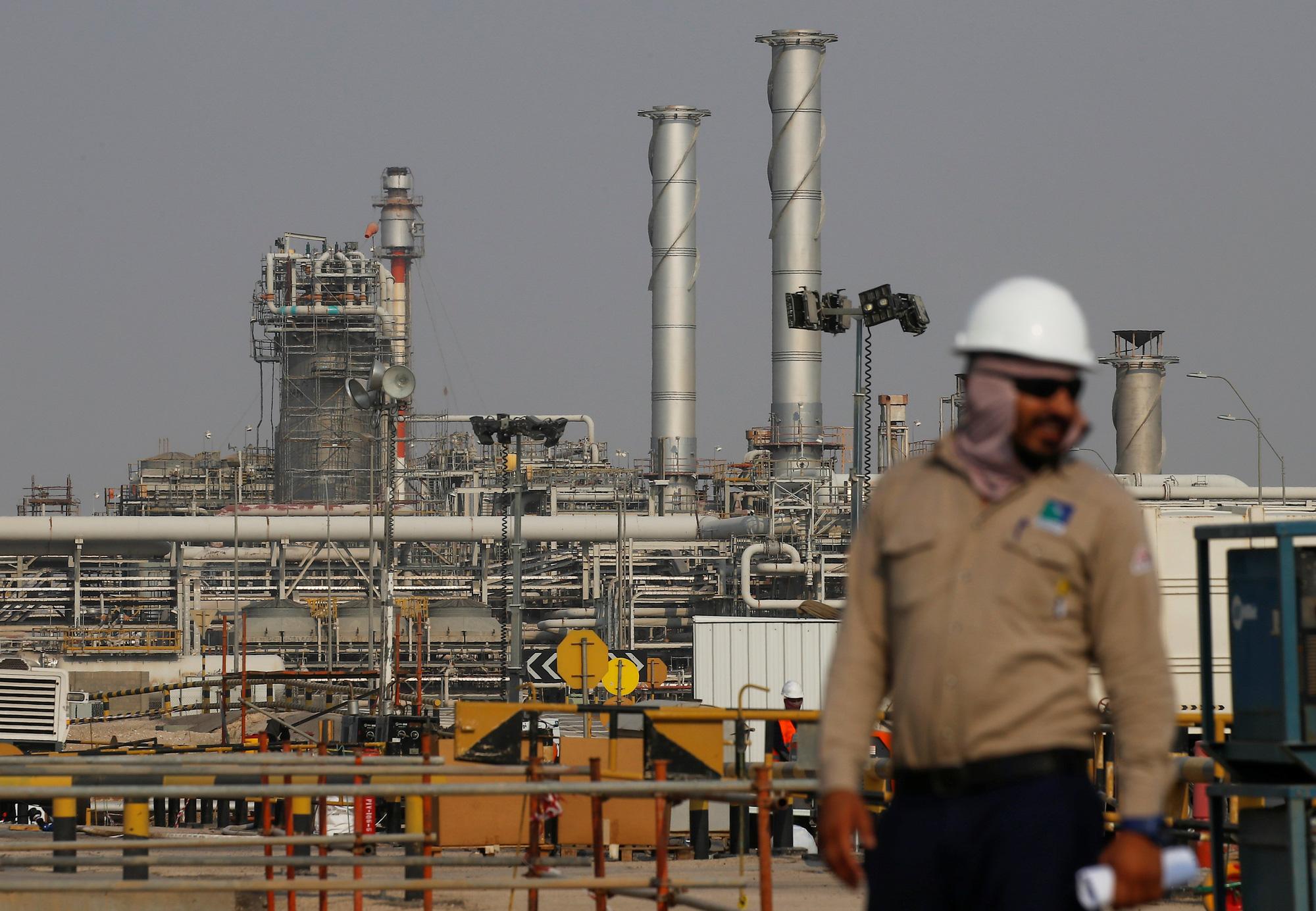 Vì sao giá dầu về thấp nhất gần 30 năm qua sau khi Nga và OPEC nói lời chia tay? - Ảnh 4.