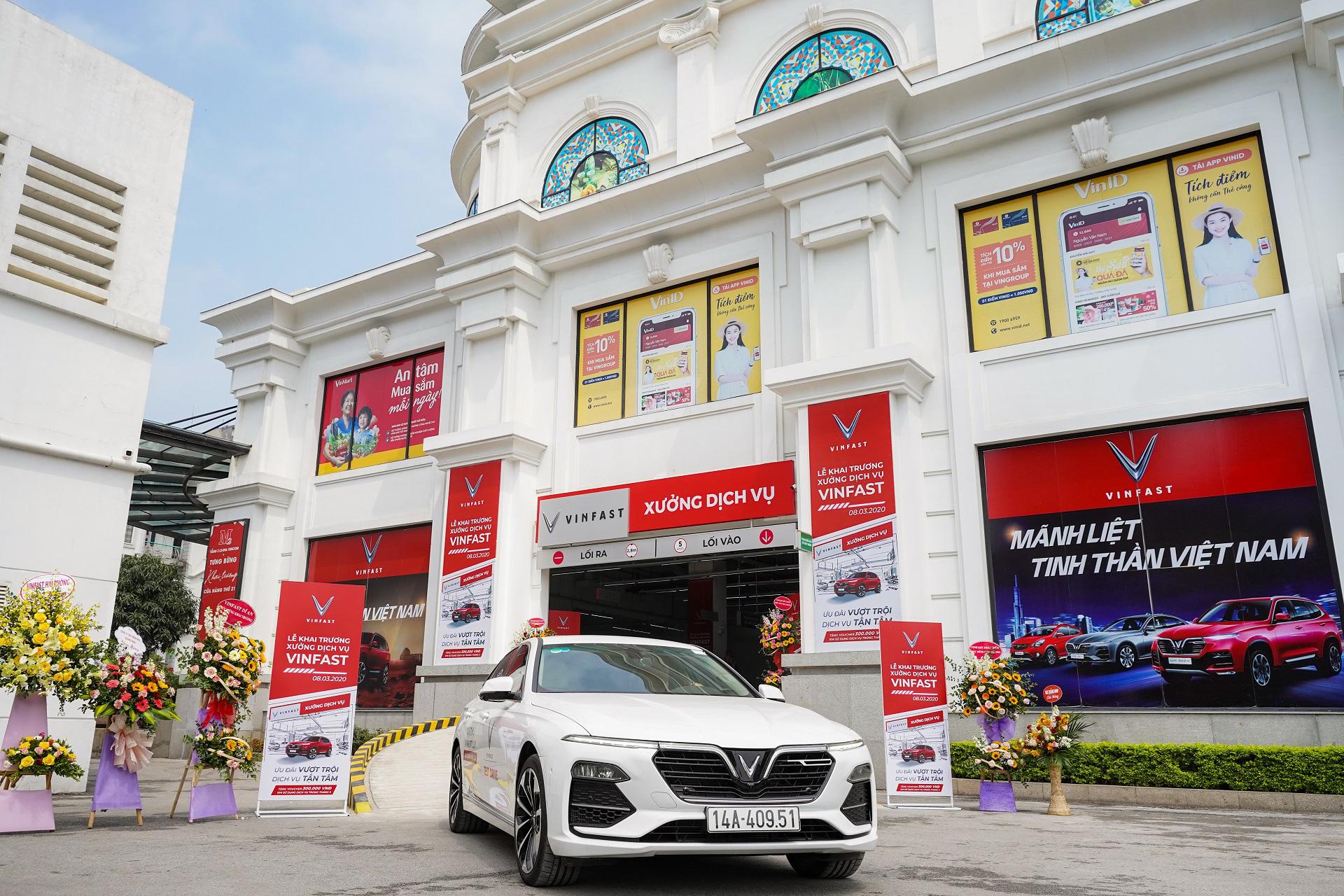 VinFast của tỉ phú Phạm Nhật Vượng trở thành hãng xe có hệ thống xưởng dịch vụ lớn nhất Việt Nam - Ảnh 1.