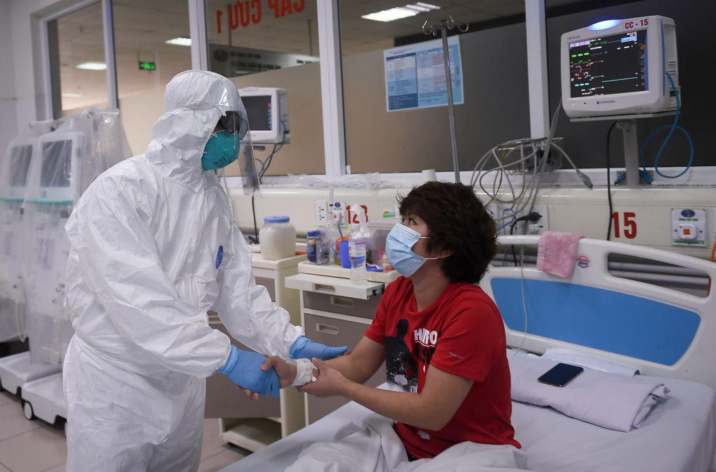 Việt Nam là 1 trong 5 quốc gia có trên 200 ca nhiễm bệnh chưa có bệnh nhân tử vong - Ảnh 1.