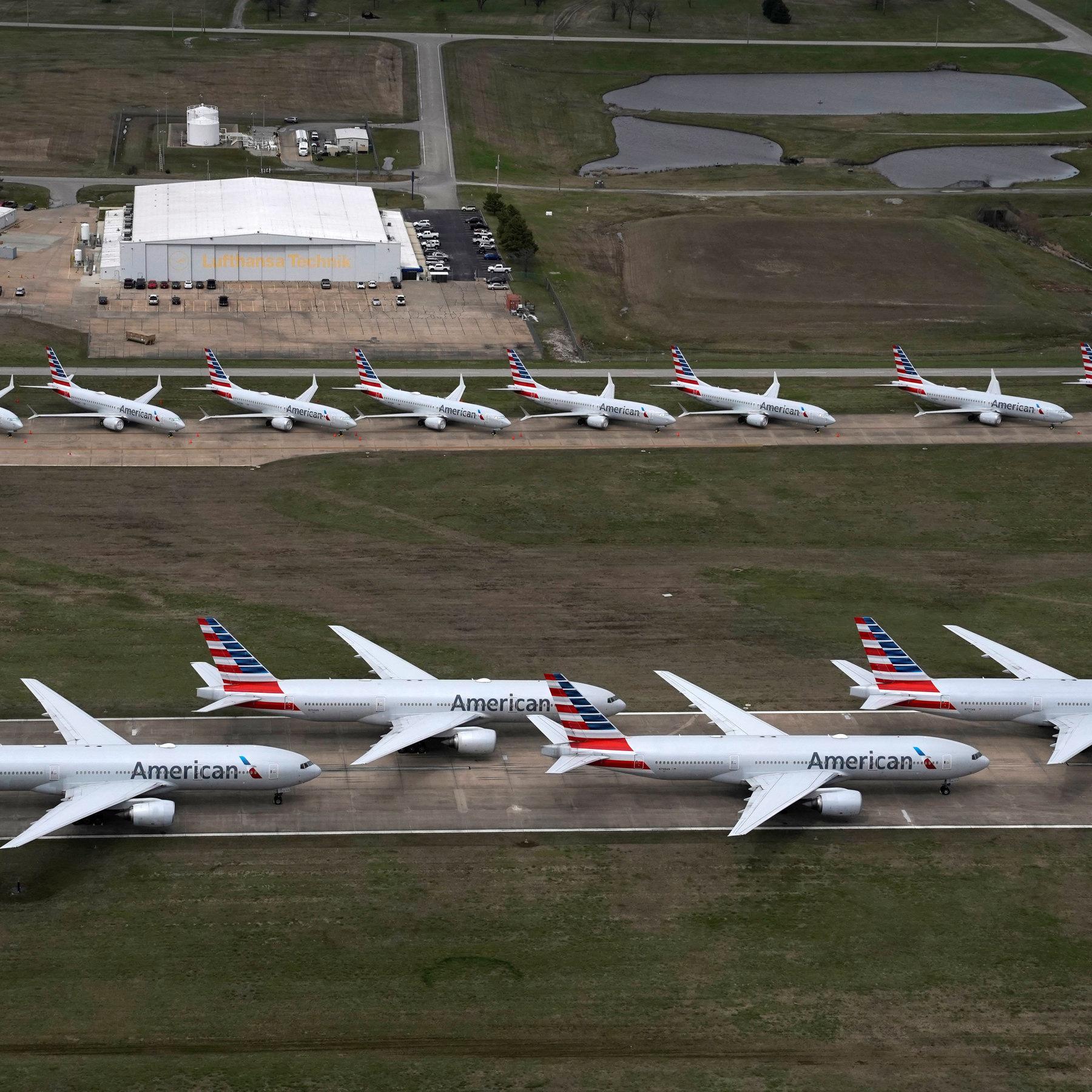 """American Airlines """"đắng cay"""" ngừng khai thác hạm đội máy bay cũ do khủng hoảng dịch Covid-19 - Ảnh 2."""