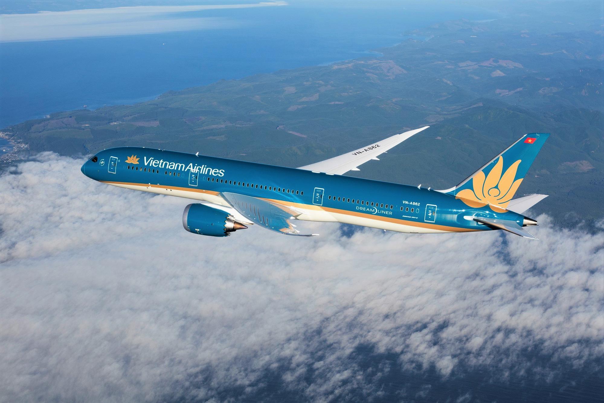 Vietnam Airlines tiếp tục hạn chế bay nội địa từ ngày 1 đến 15/4 - Ảnh 1.