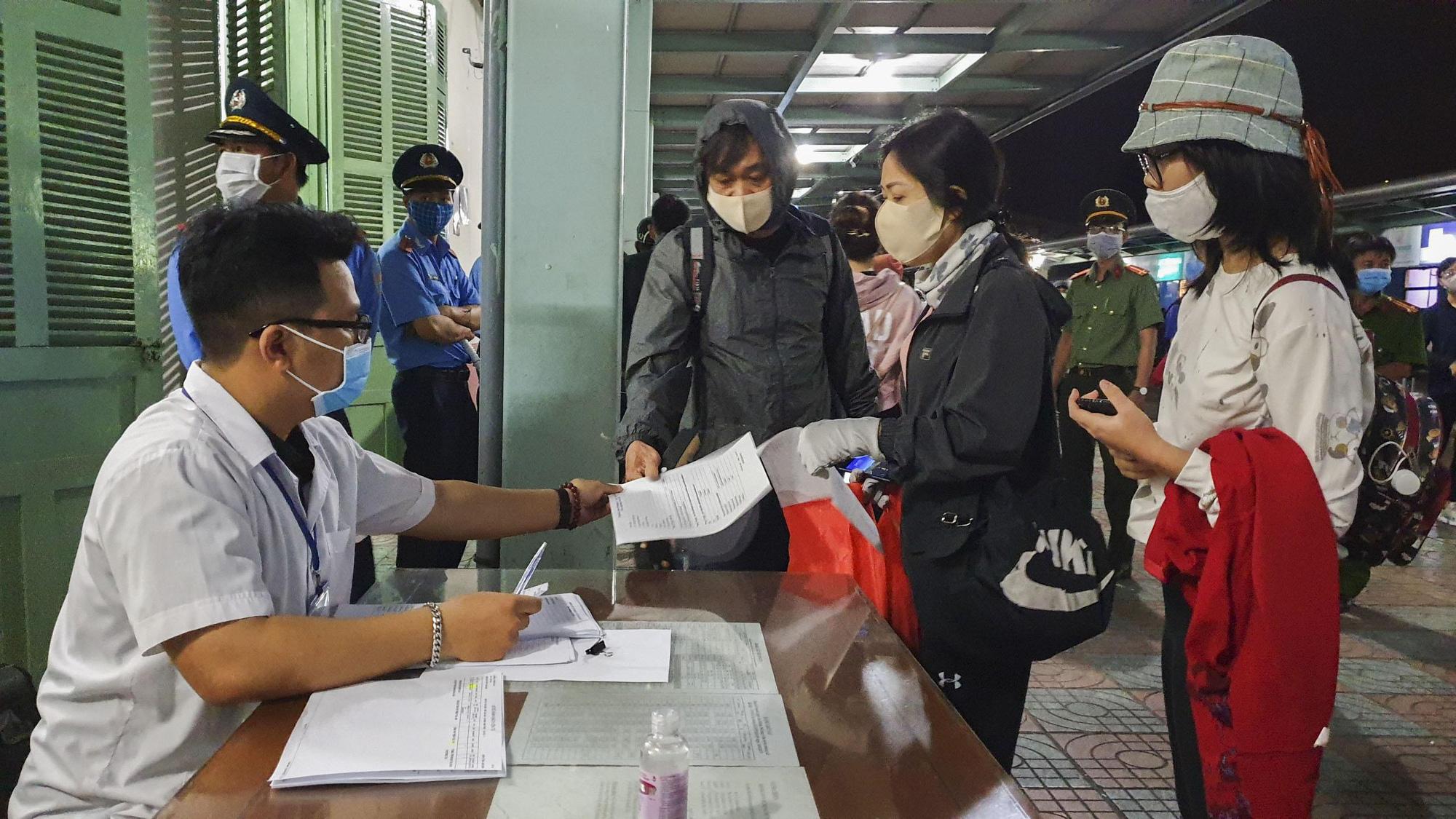 Khánh Hòa: 5 trạm kiểm soát liên ngành chính thức hoạt động từ ngày 10/4 - Ảnh 1.