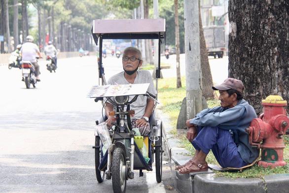 Hộ nghèo, công nhân thất nghiệp vì dịch Covid-19 chính thức được hỗ trợ tối đa 1,8 triệu đồng/tháng - Ảnh 2.
