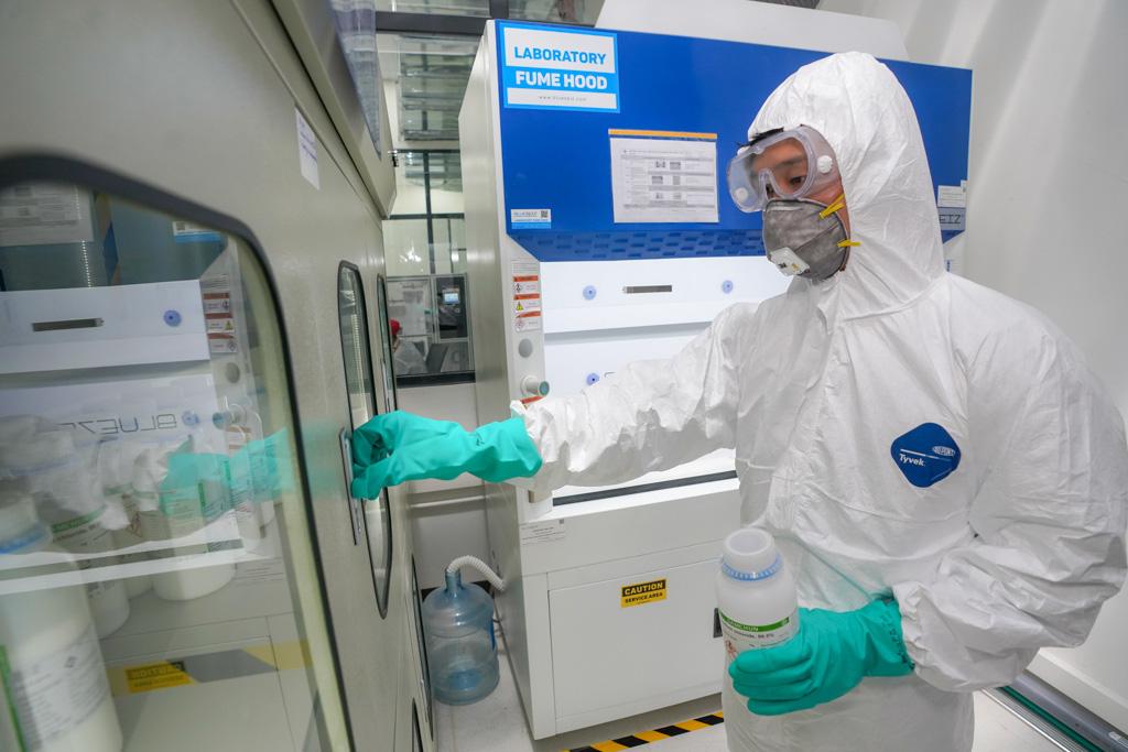 Vượt qua 90.000 đơn đăng kí, Vingroup chính thức trở thành 1 trong 3 đơn vị được cấp bản quyền sản xuất máy thở trên thế giới - Ảnh 2.