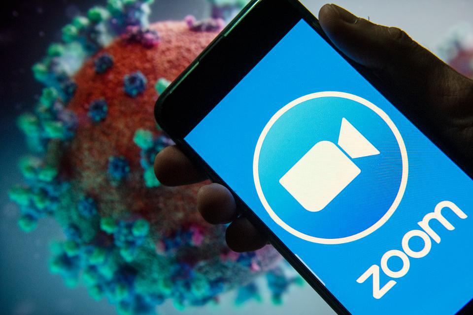 Hơn nửa triệu tài khoản ứng dụng Zoom bị lộ, khuyến cáo không nên sử dụng trong hội họp trực tuyến - Ảnh 1.