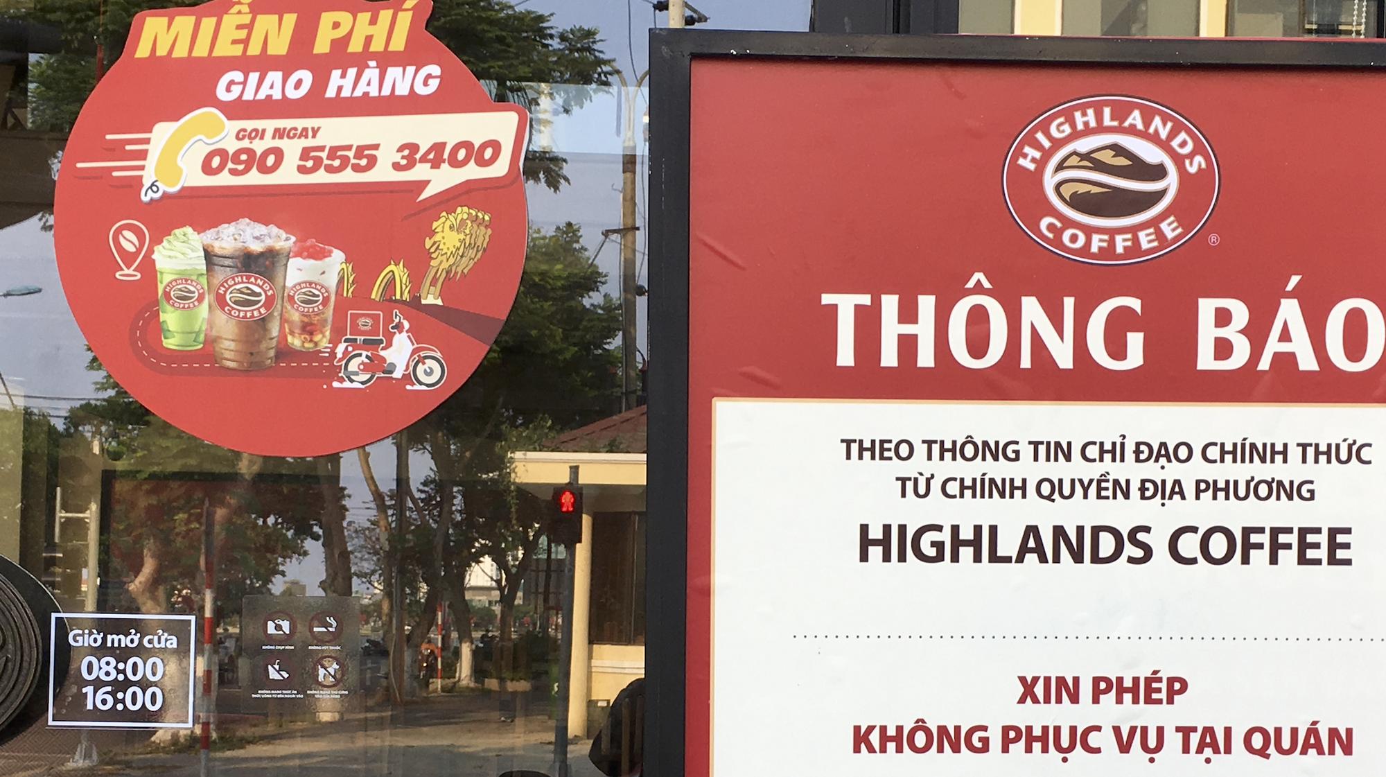 Người Đà Nẵng đi siêu thị mua về nấu ăn dù chính quyền đã cho hàng quán bán online, mang về nhà - Ảnh 6.