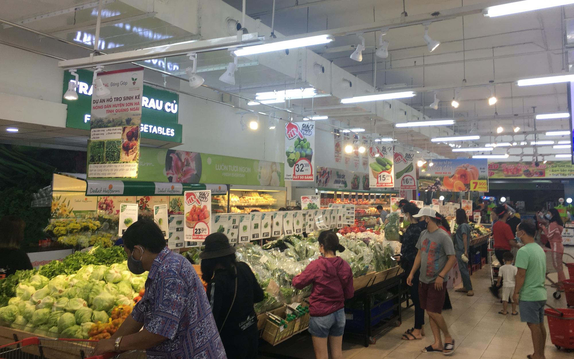 Hàng quán Đà Nẵng vội vã mở cửa trở lại khi thành phố cho bán online - Ảnh 8.