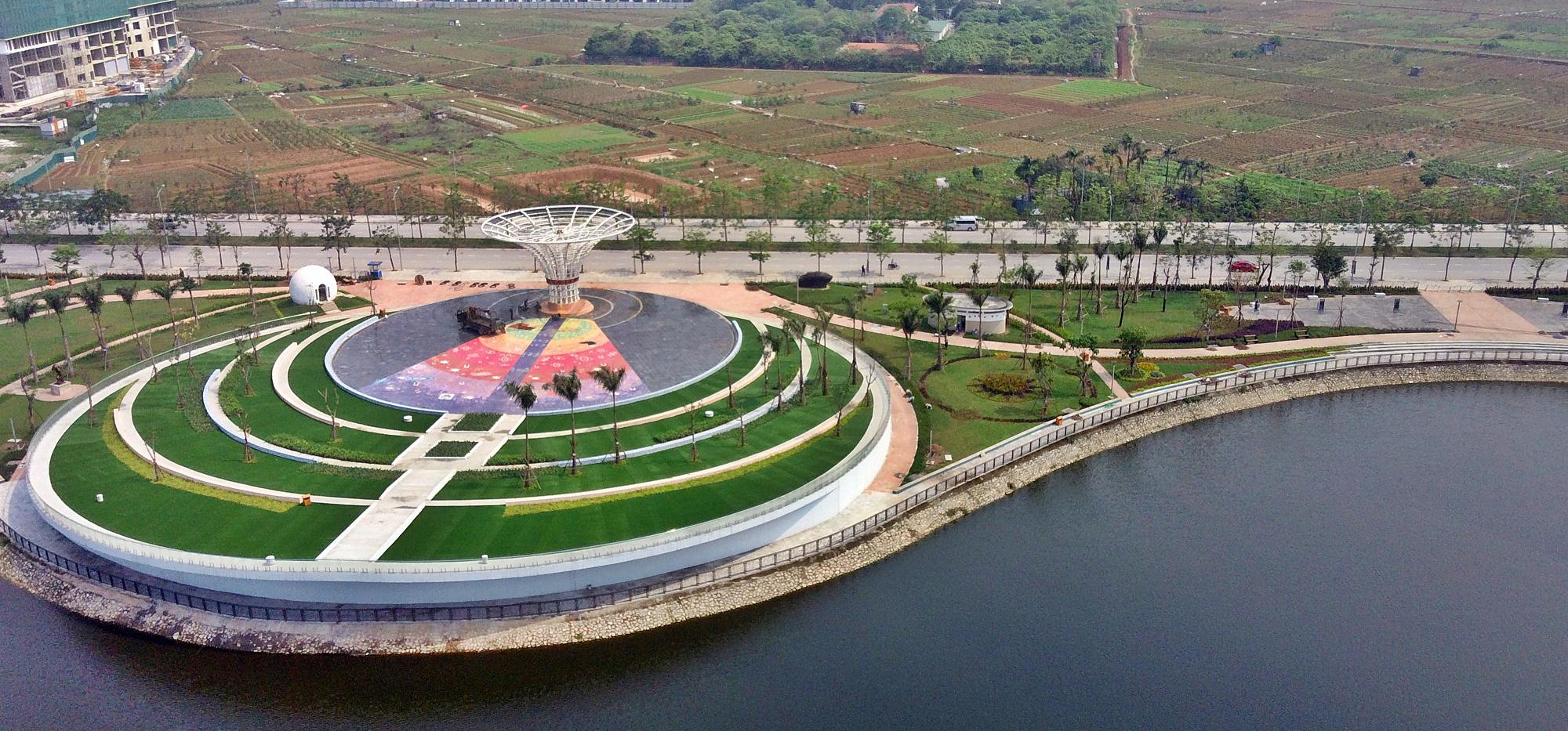Công viên Thiên văn học đầu tiên Đông Nam Á ở KĐT Dương Nội đẹp lung linh nhìn từ trên cao - Ảnh 6.