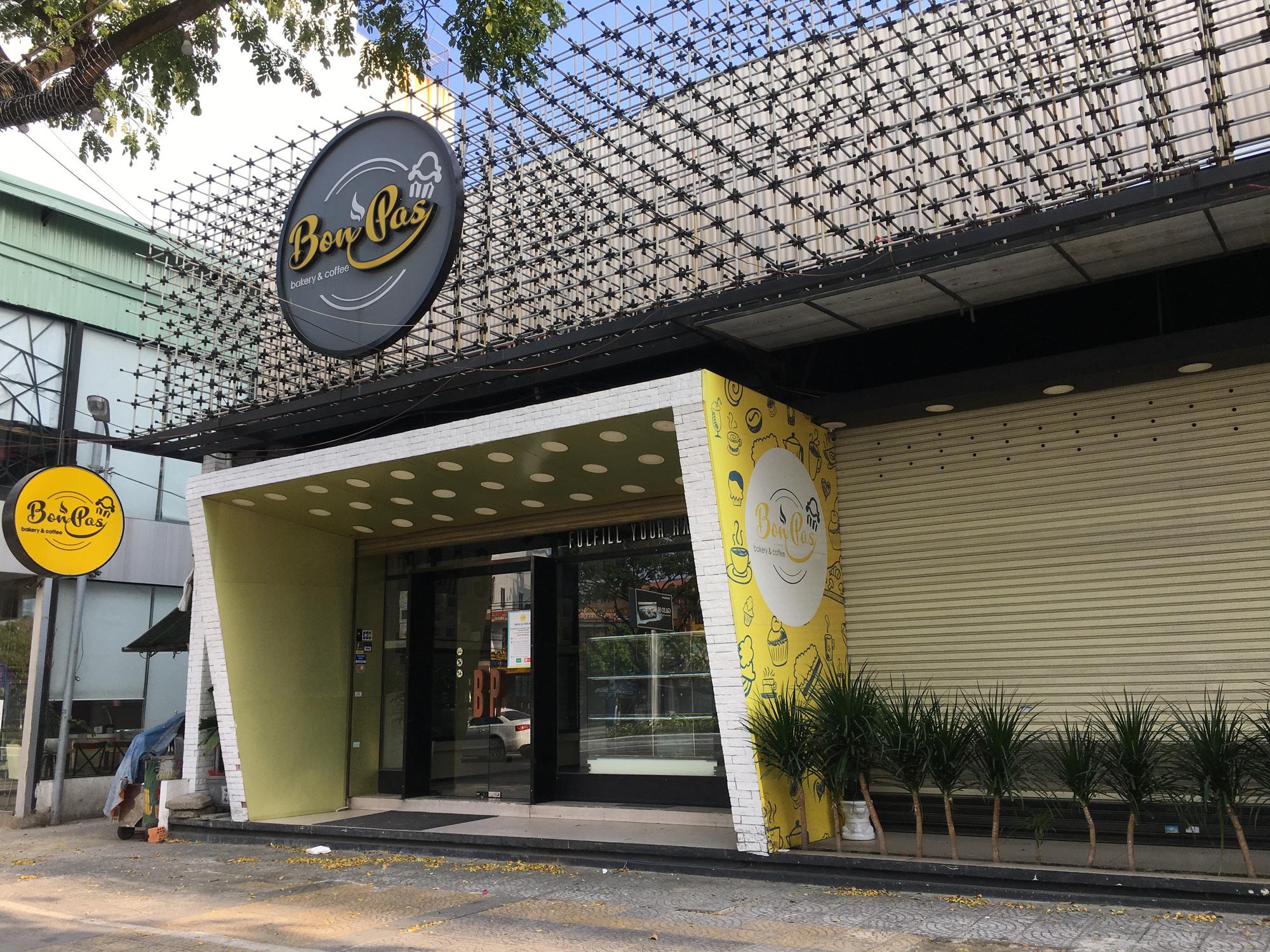 Từ quán cà phê, bánh ngọt đến trà sữa ở Đà Nẵng dừng luôn việc bán online, mang đi khi chính quyền cấm - Ảnh 4.