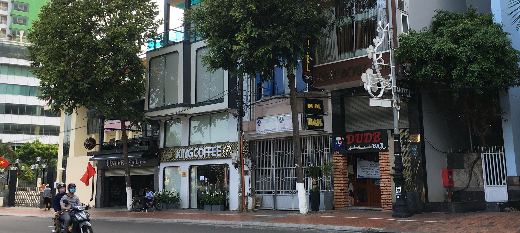Từ quán cà phê, bánh ngọt đến trà sữa ở Đà Nẵng dừng luôn việc bán online, mang đi khi chính quyền cấm - Ảnh 6.