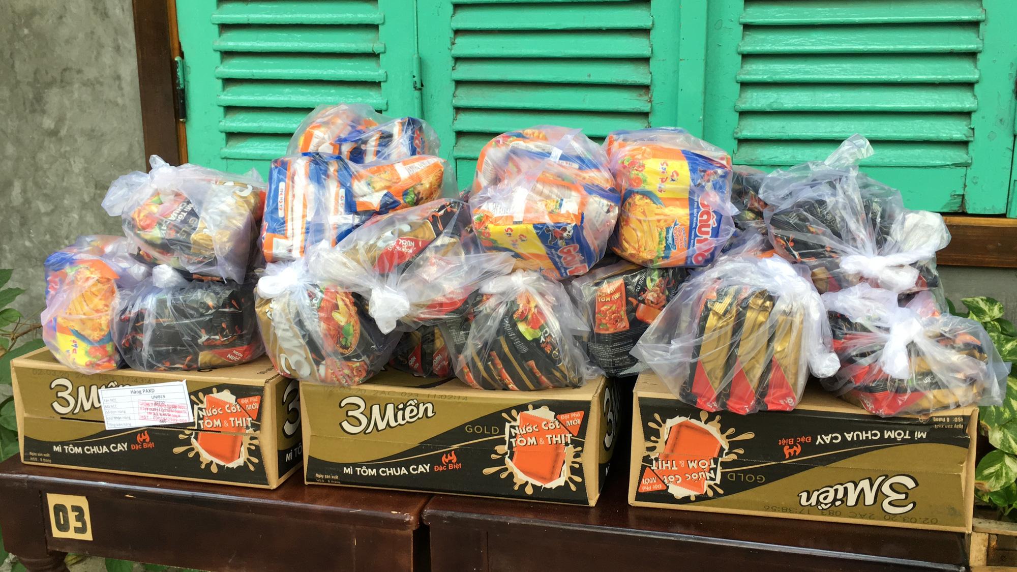 Từ quán cà phê, bánh ngọt đến trà sữa ở Đà Nẵng dừng luôn việc bán online, mang đi khi chính quyền cấm - Ảnh 18.