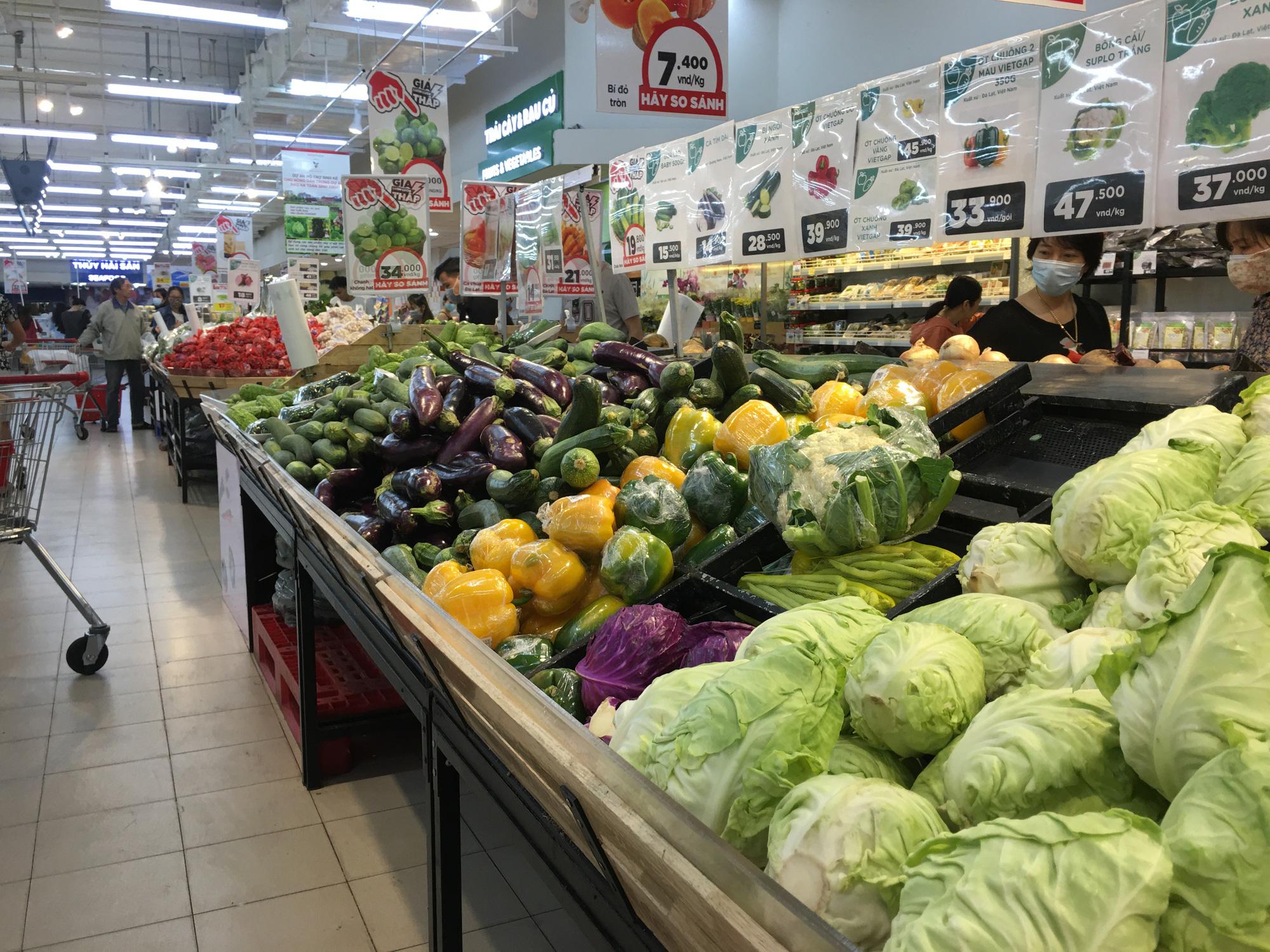 Người dân Đà Nẵng nếu bị cách li diện rộng, thực phẩm cung cấp thế nào? - Ảnh 1.