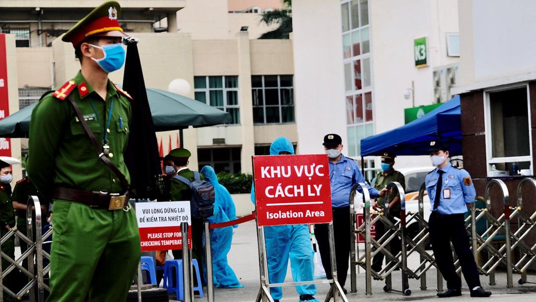 Một người Thụy Điển nhập viện do tai nạn ở Hà Nội, xét nghiệm phát hiện nhiễm Covid-19 - Ảnh 1.